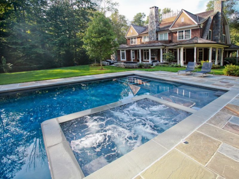 Top Custom Pool Designs in Connecticut