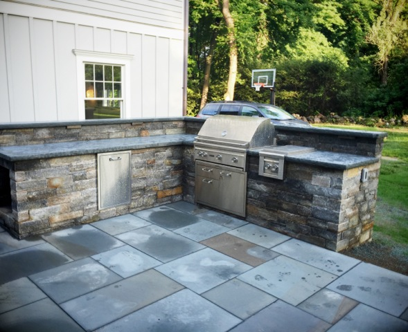 4 Outdoor Kitchen Trends in Connecticut