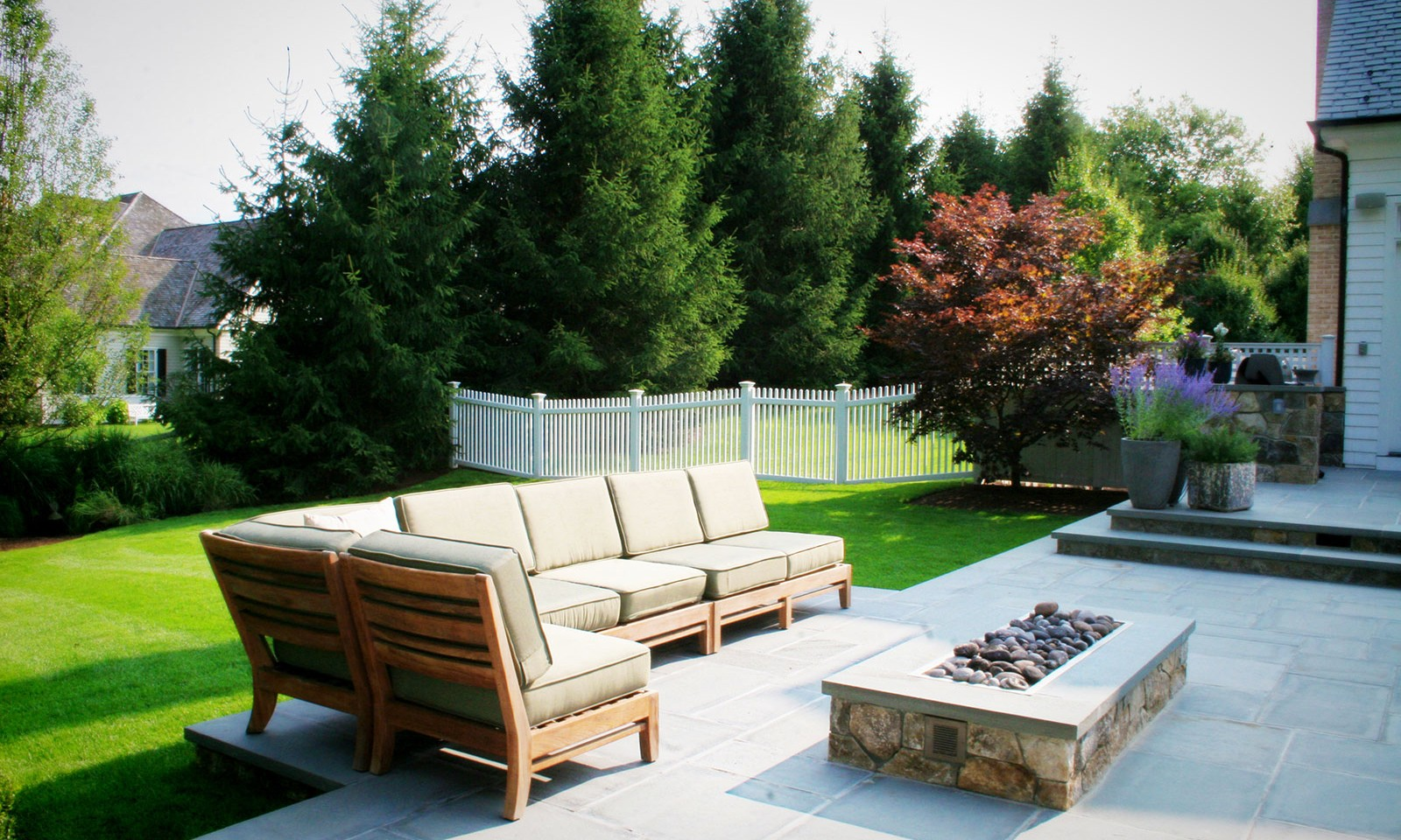 Connecticut Backyard Landscape Designs