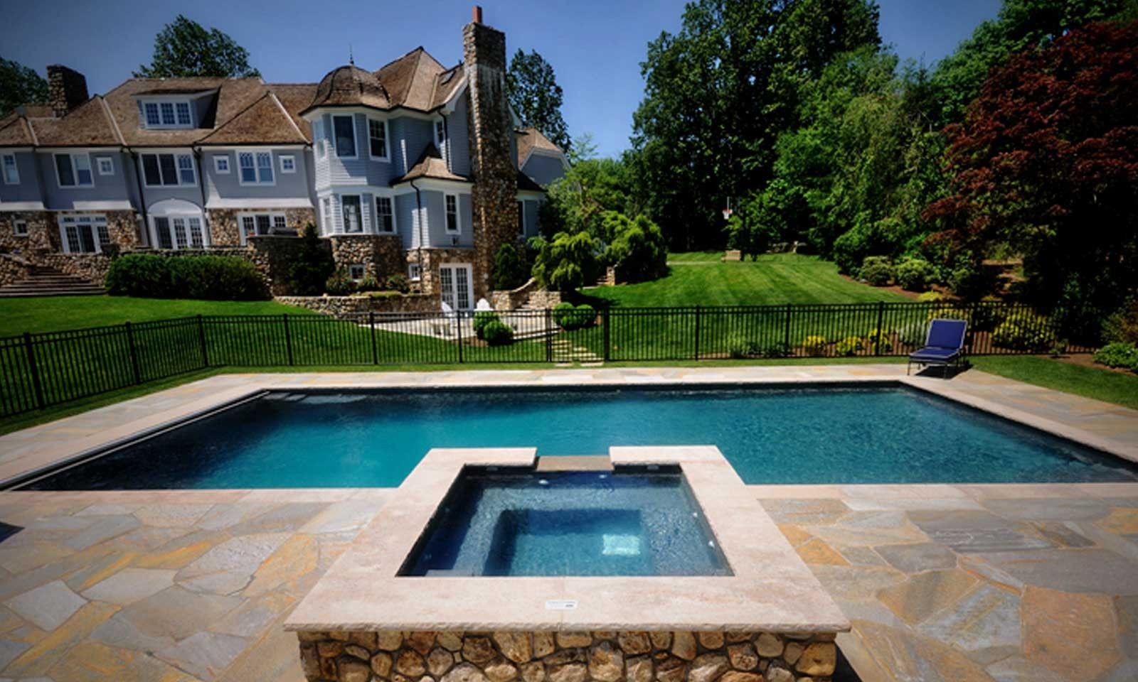 CT Custom Pool Designer