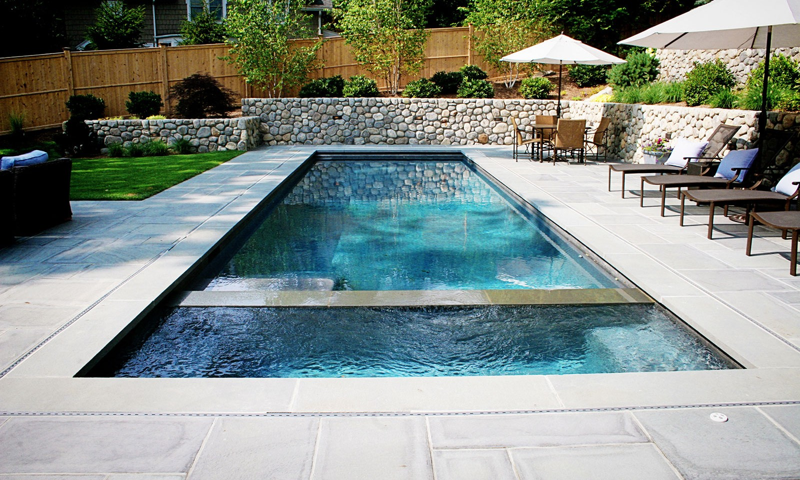 Custom Swimming Pool Installations