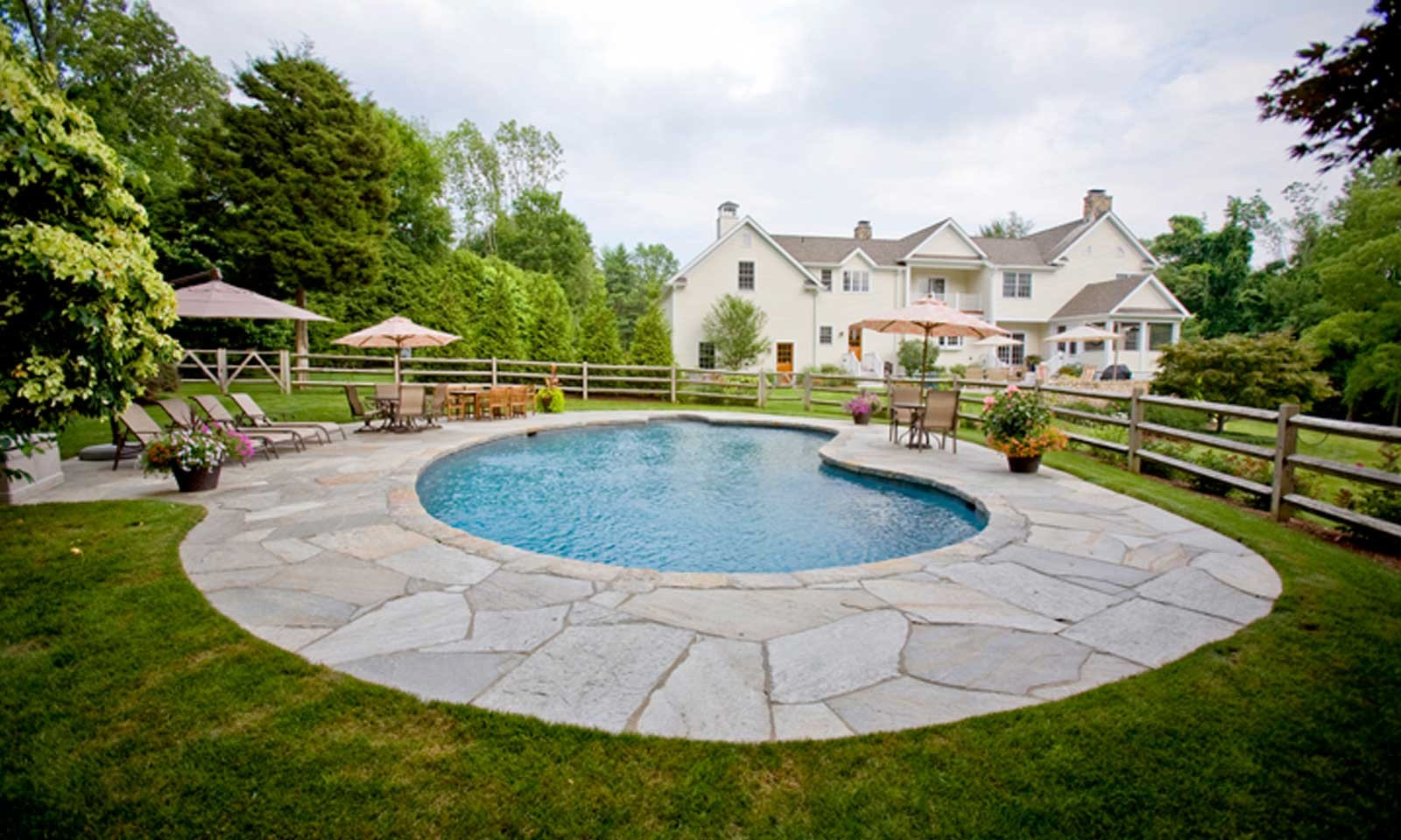 Customized In ground Pool Designs
