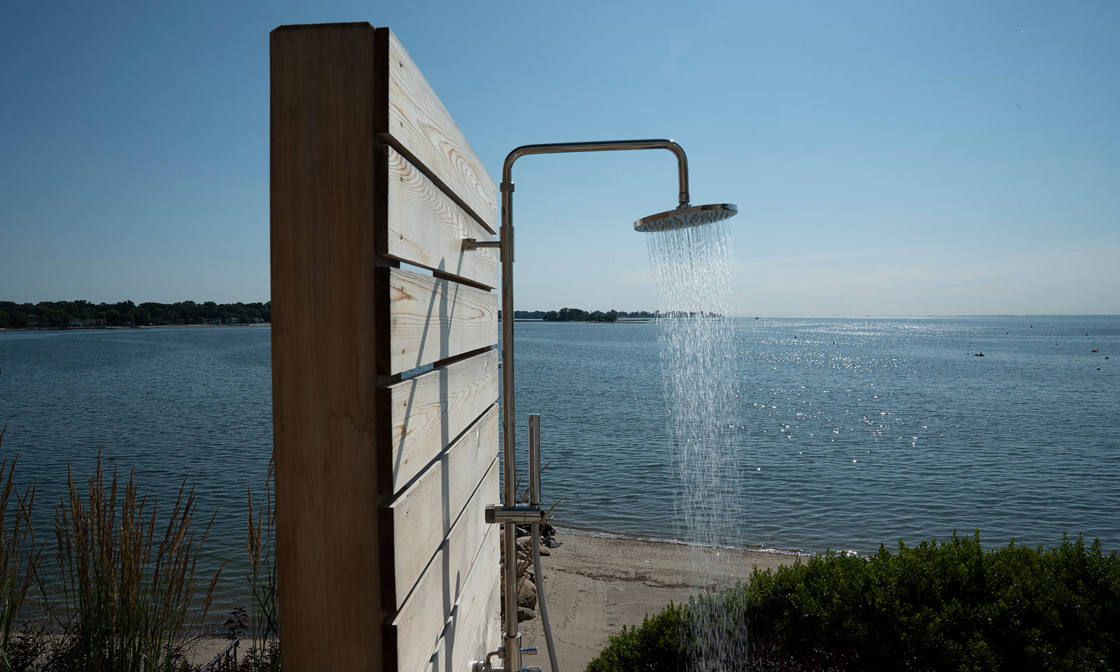 CT Outdoor Shower